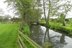 5.-Looking-upstream-to-Alhampton-Mill-Accommodation-Bridge