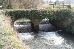 10.-Churchmoor-Farm-Accommodation-Bridge-Downstream-Arch