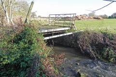 10.-Cary-Fitzpaine-Farm-Accomodation-Bridge-Downstream-Face