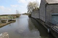 12.-Looking-upstream-from-Thorney-Mill-Bridge