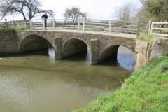 2.-Coombe-Bridge-upstream-arches