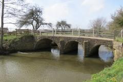 3.-Coombe-Bridge-upstream-arches